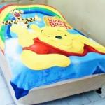 Selimut New season Pooh Pelangi